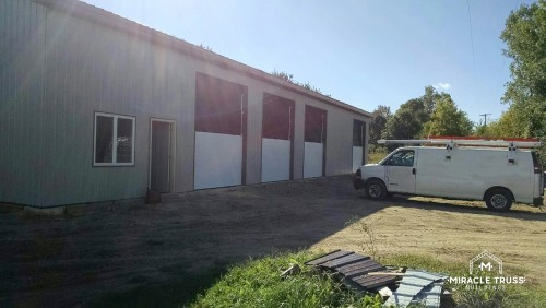 pre-fabricated metal buildings