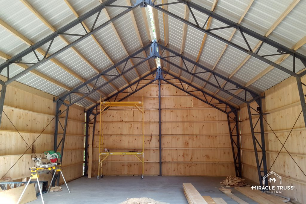 Clear Span Trusses Provide Extra Vertical Space in Garages