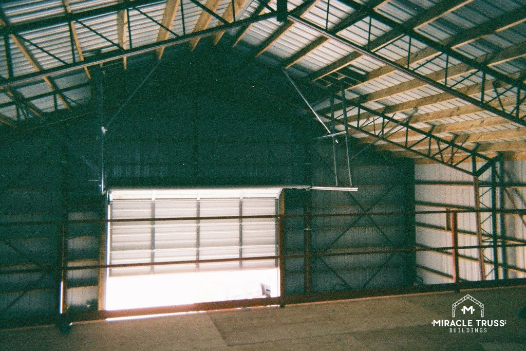 Commercial Buildings Gain Extra Vertical Space with Clear Span Truss Designs