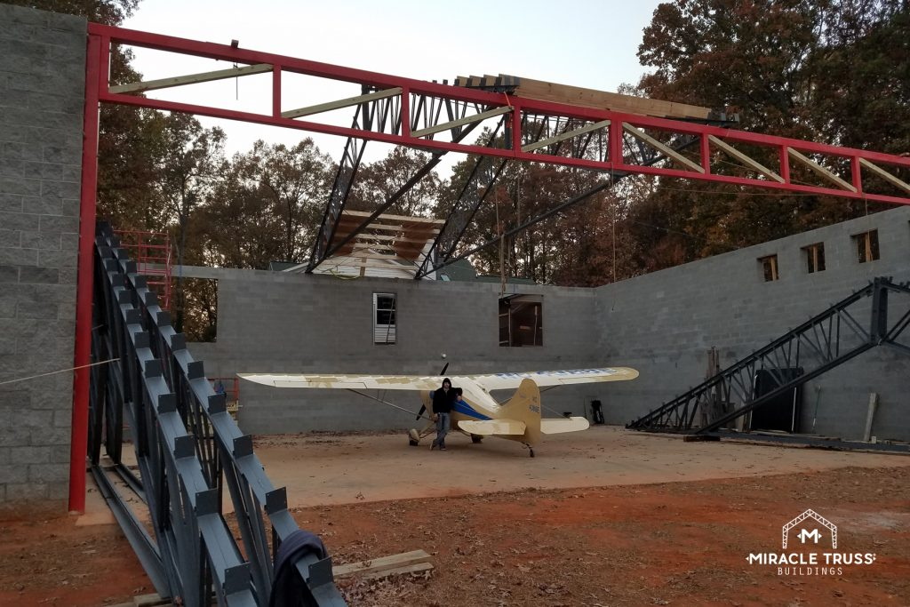 Clear Span Trusses Remove the Need for Interior Support in Construction