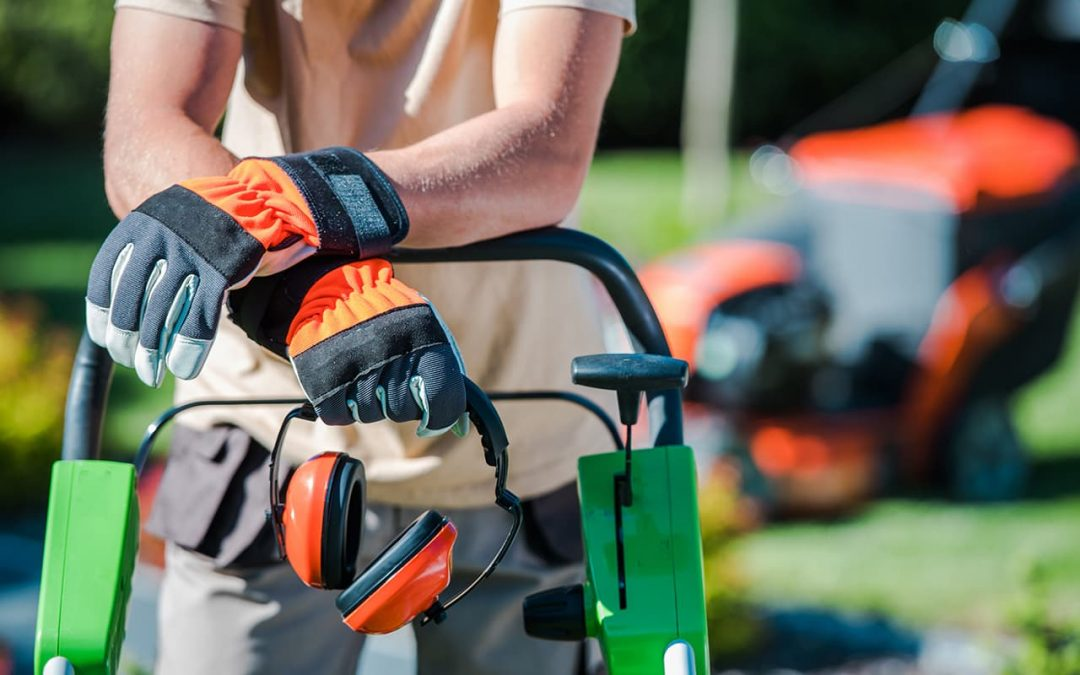 How To Choose And Store A New Riding Lawn Mower